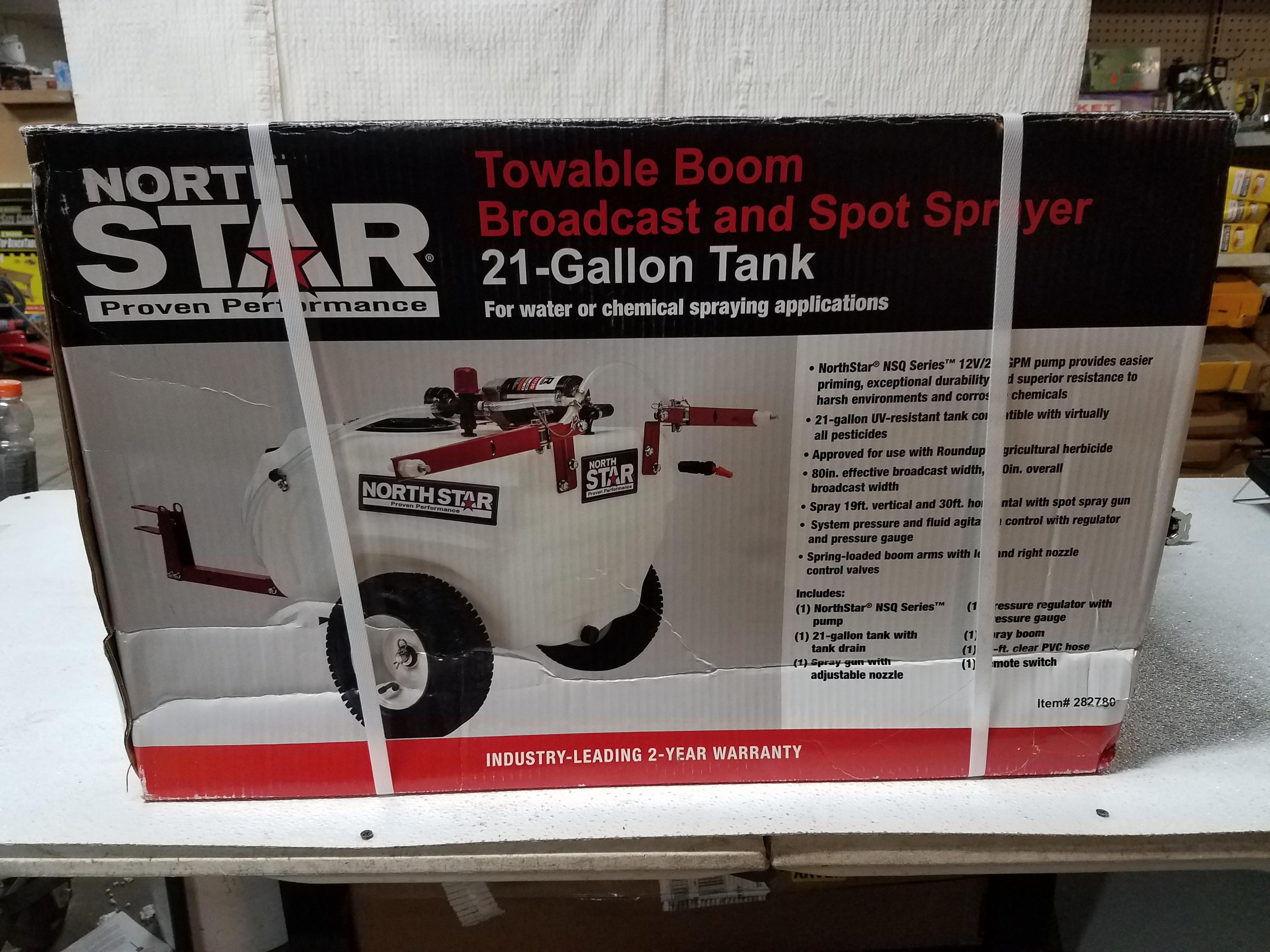Tow-Behind Trailer Boom Broadcast and Spot Sprayer 21-Gallon Capacity, 2 2  GPM, 12 Volt DC